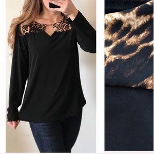 SUSAN GRAVER Black Leopard Print Liquid Knit Top M